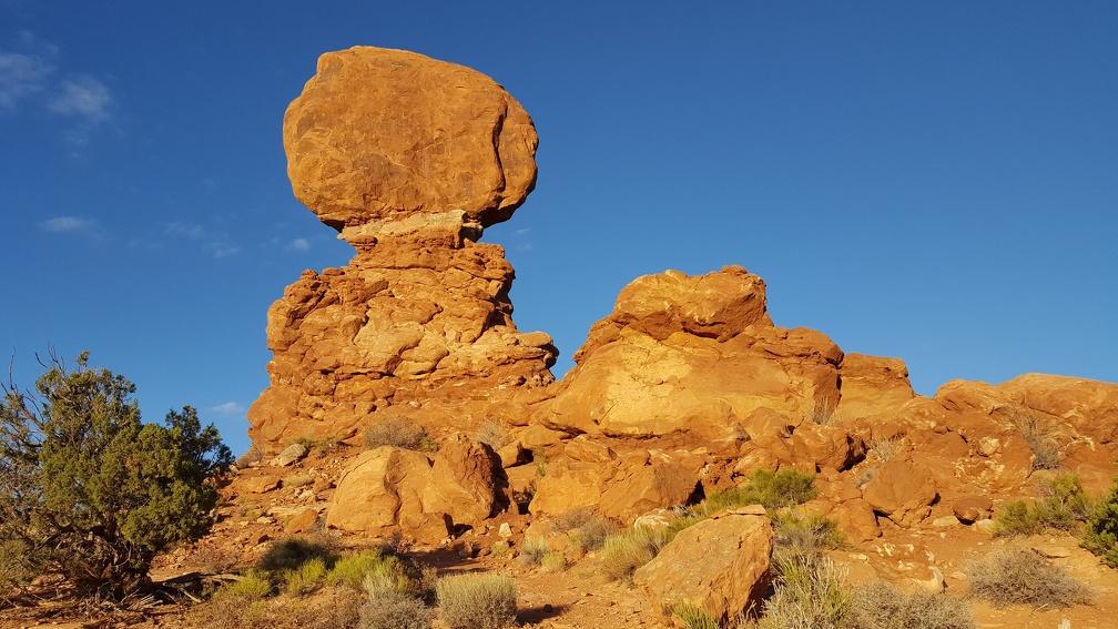 Obligatory Balanced Rock picture.