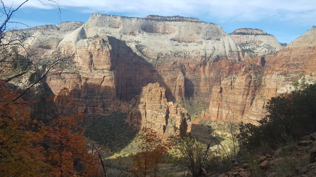 Looking across the canyon early in the hike.