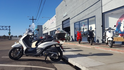 Scooter visits Scooterwest